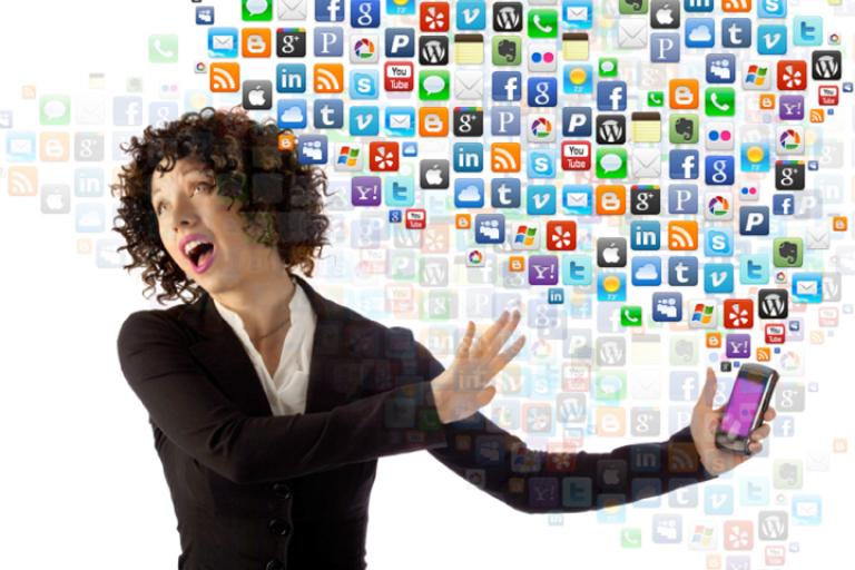 social media magento